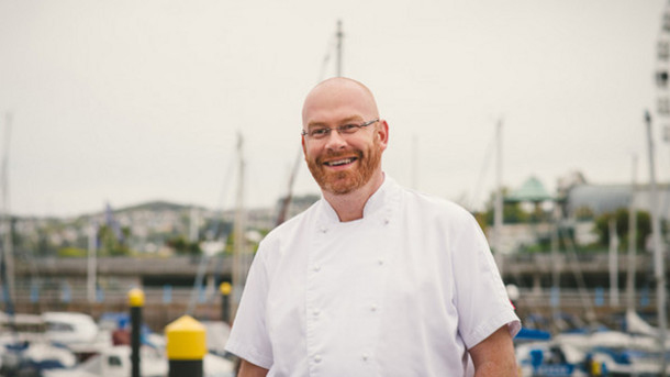 1Chef-Simon-Hulstone-on-running-a-seasonal-hospitality-business_strict_xxl